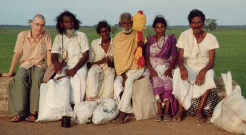 Theo and fellow foot pilgrims en route to Kataragama, 1991