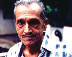 Sam Wickramasinghe, 2001