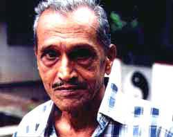 Sam Wickramasinghe, 2001